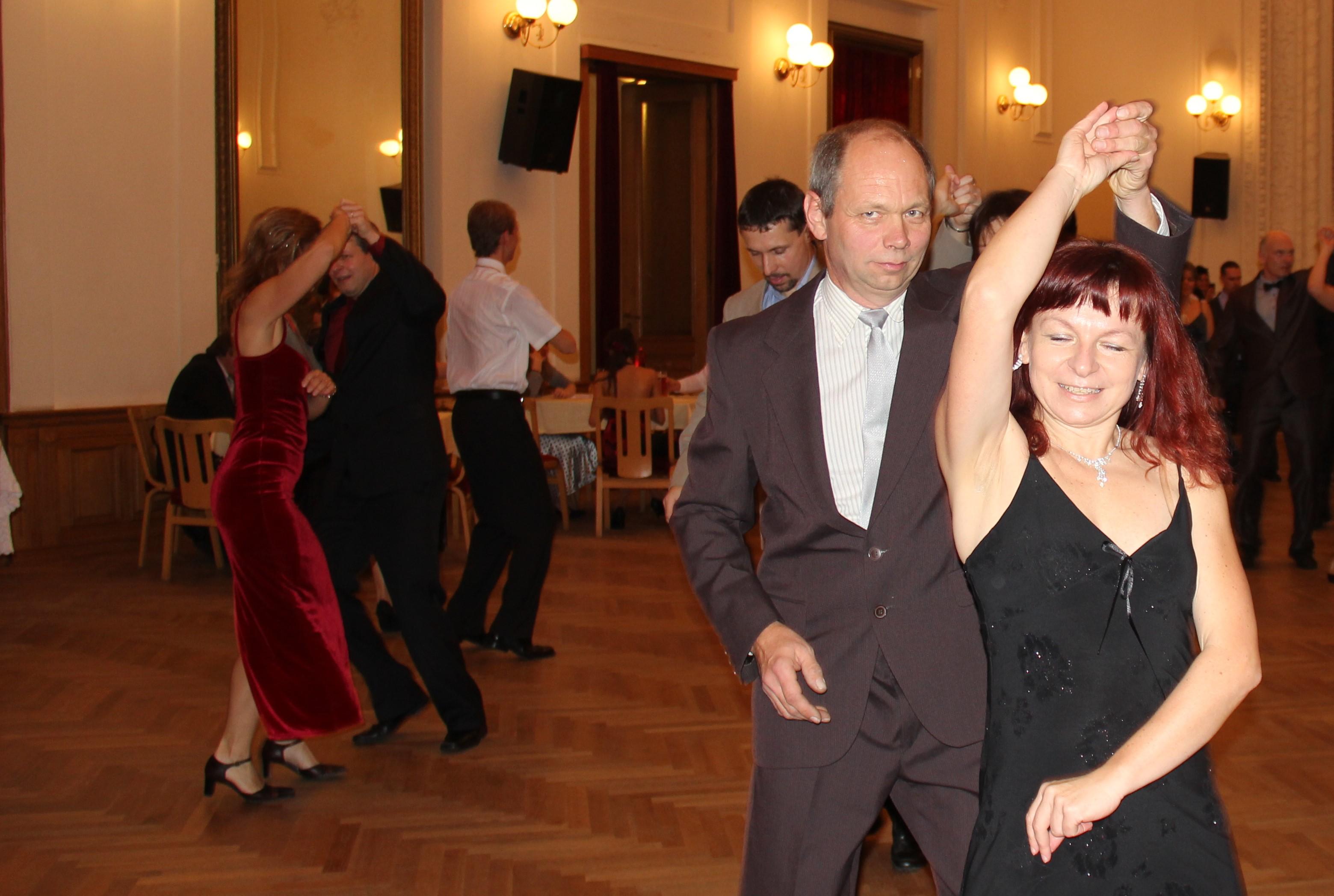 tanecni.jpg